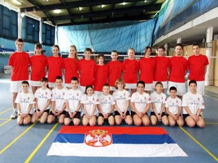 Milorad Misimović, drugi sa desna u gornjem redu