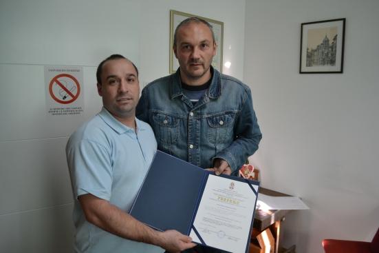 Ivan Kovačević sa rukovodiocem stručnog osposobljavanja Branislavom Strajnićem