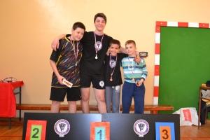 Osvajači medalja crvena kategorija dečaci